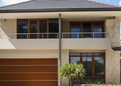 Slender Stunner – Luxury Home Design